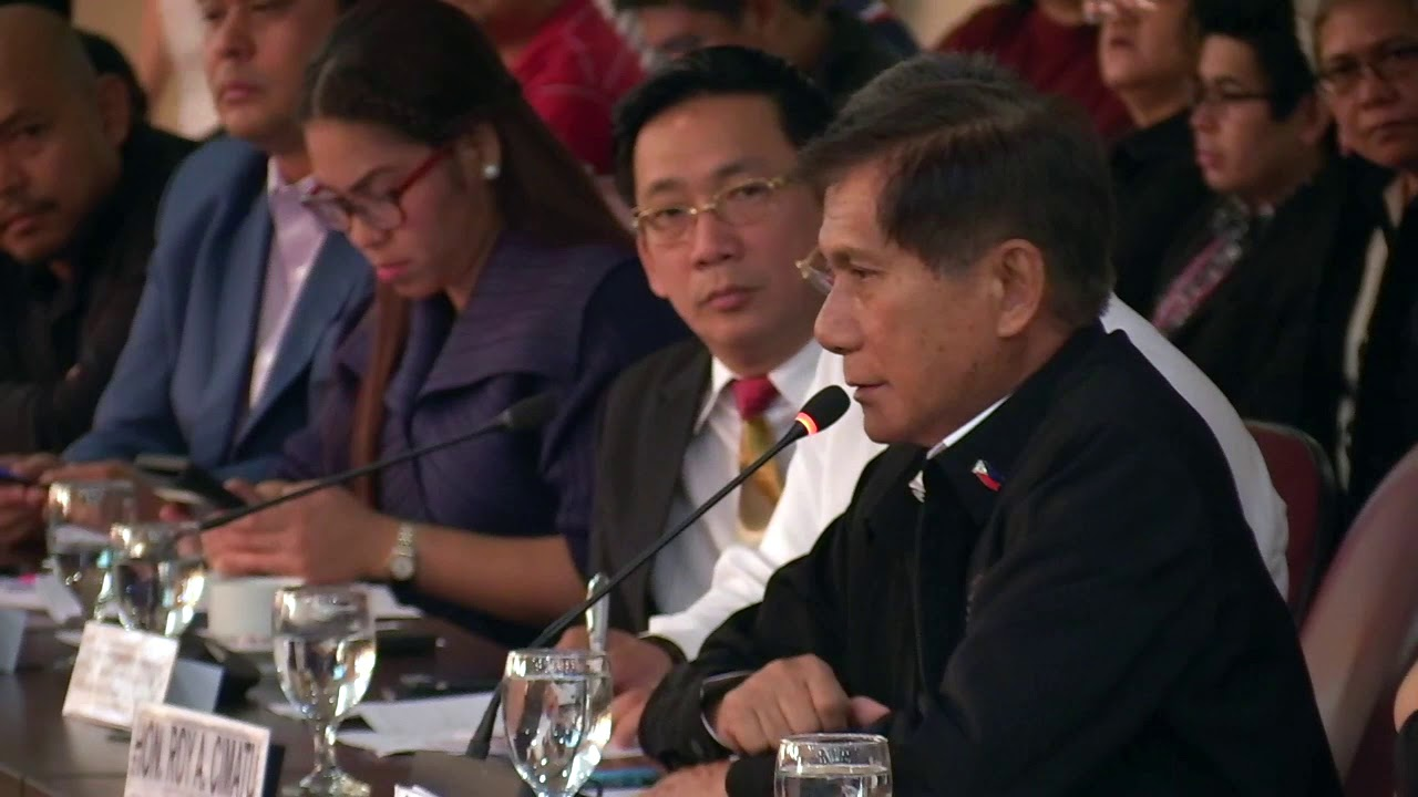 Cimatu to create DENR satellite offices in Boracay, other tourist spots