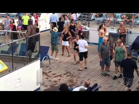 Carnival Freedom Dance Party