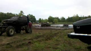 Gambar cover Mud Bog 3