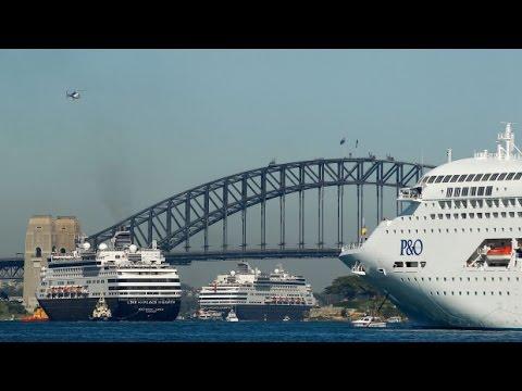 P&O 5 Ships Sydney Harbour