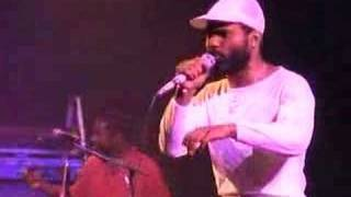 Maze Featuring Frankie Beverly | Too Many Games
