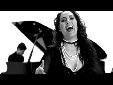 Fiesta - Nem késő még videó letöltés