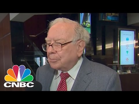 Warren Buffett Sells 30% Stake In IBM | Squawk Box | CNBC