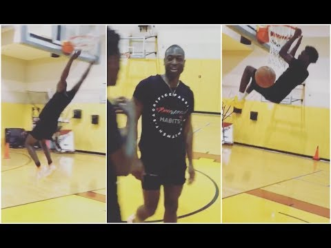 Dwyane Wade has late night dunking session with his son Zaire