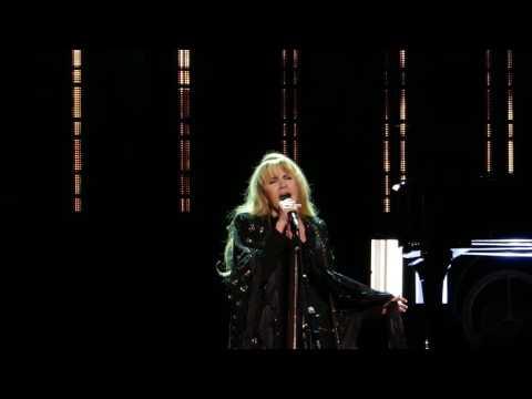 Stevie Nicks - Stand Back - New York City 12-01-2016