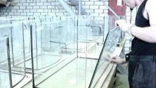 Изготовление аквариума(http://www.aquafanat.com.ua/forum/index.php?showforum=125 Изготовление аквариума, видеосюжет из мастерской по сборке аквариумов., 2009-05-20T20:51:50.000Z)
