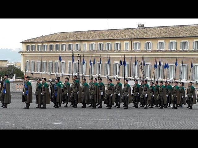 Cambio della guardia al Quirinale con Inno di Mameli cantato - Infantry Passing out Parade