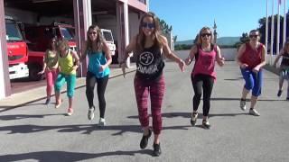 30分钟尊巴舞锻炼 - 完整的视频