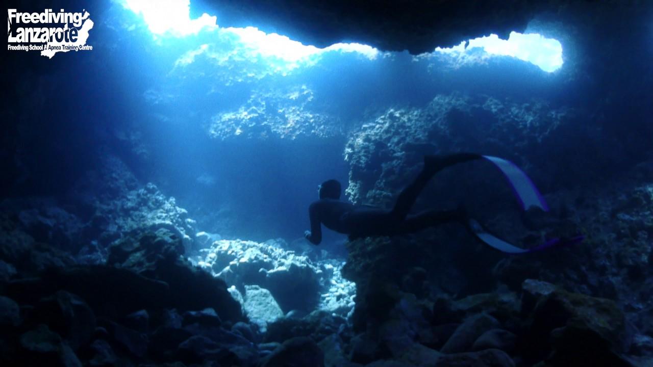 Freediving Lanzarote - Underwater Lava Tubes