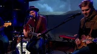 "NEEDTOBREATHE perform ""State I"