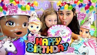 BABY ALIVE has a BIRTHDAY PARTY! GAMES and CAKE! The Lilly and Mommy Show. The TOYTASTIC Sisters