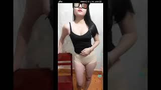 Download Video Live bigo +18 celana ketat jiblak cuy MP3 3GP MP4