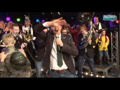 2012 Lied 2 Het B Team   Feest in Traaie