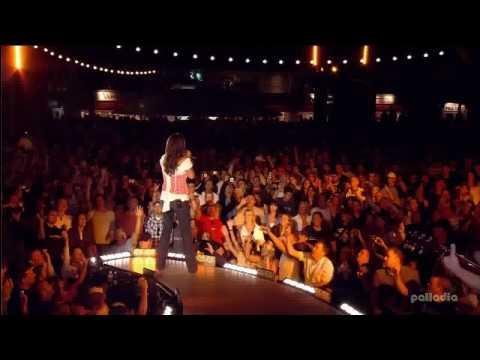 Sara Evans ~ Summerfest 2007 [9] - A Real Fine Place To Start