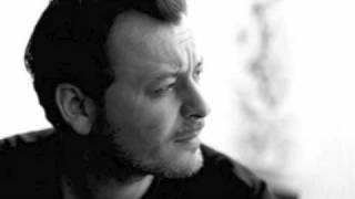 Watch James Dean Bradfield Say Hello To The Pope video