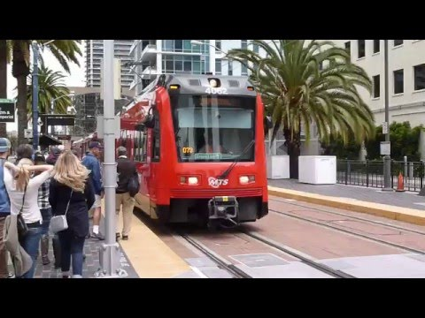 Metro Gaslamp Trolley to Petco Park - San Diego, CA - May 4, 2016