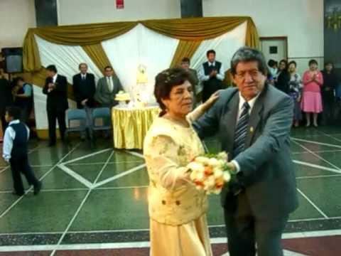 Fortunato y guillermina en sus bodas de oro matrimonial for Que es una beta de oro