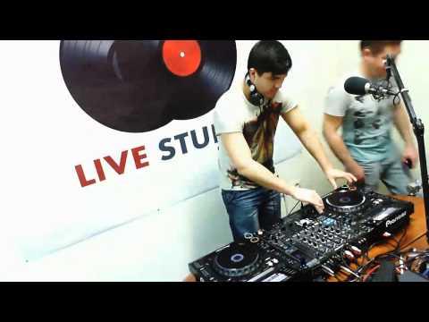 Livestudio 98 3fm@Timer Broadcasting LIVE on Justin tv 9,01,14