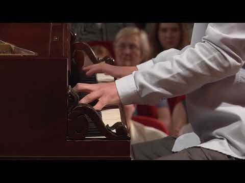 Tomasz Ritter – F. Chopin, Etude in E minor, Op. 25 No. 5 (First stage)