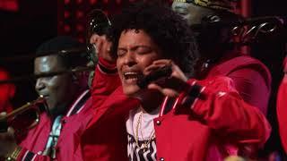 Bruno Mars 24K Magic Live At The Apollo 2017 -