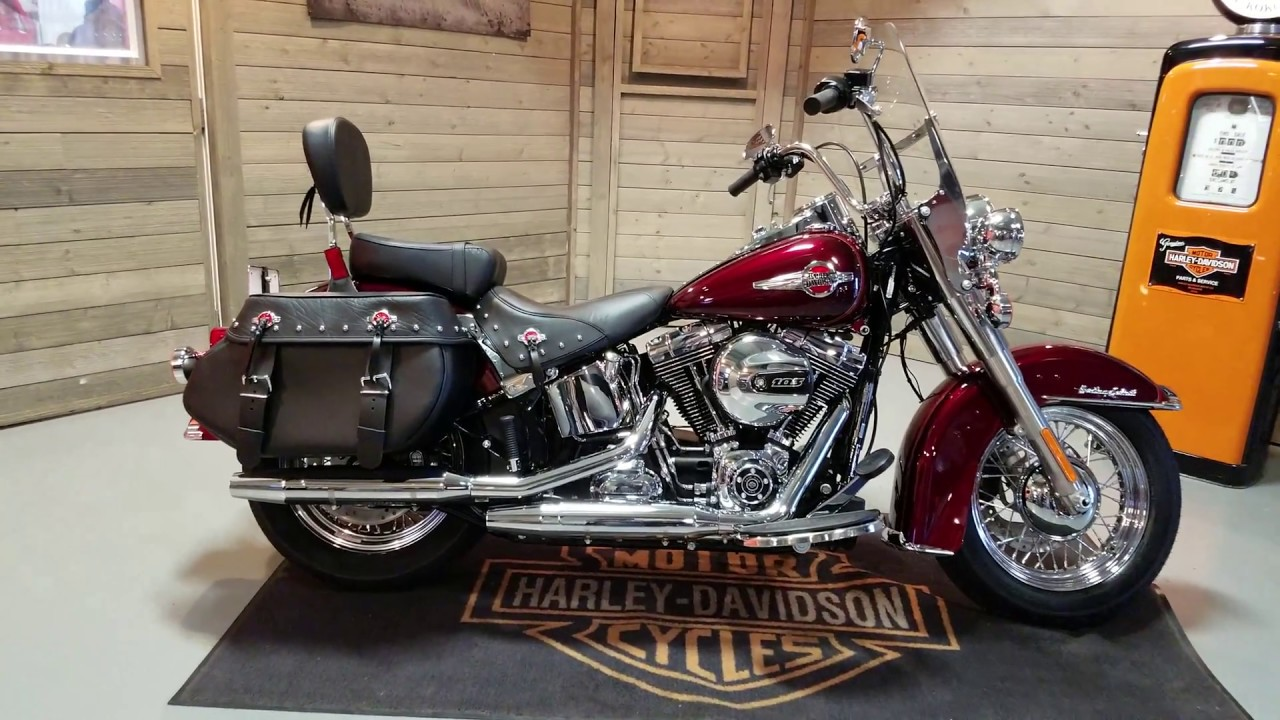 2018 Heritage Softail >> 2017 Softail Heritage CLassic FLSTC in mysterious red & velocity red - YouTube