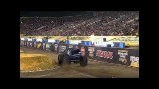 Gas Monkey Garage vs FS1 Cleatus | Monster Jam World Finals 17 Racing