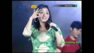 Video Siti Badriah - Gelombang Asmara (Ost Senandung 2 ) download MP3, 3GP, MP4, WEBM, AVI, FLV Juni 2018