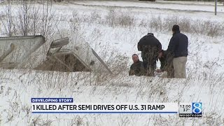1 killed after semi drives off US-31 ramp in Holland