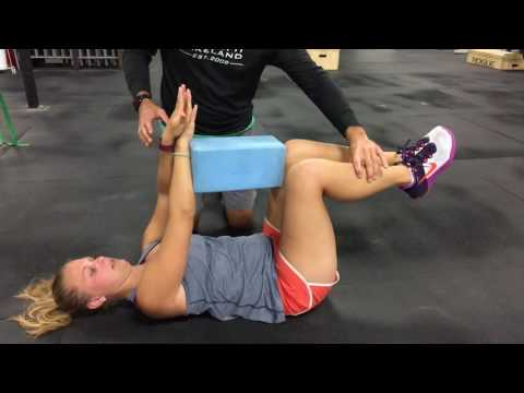 Build a stronger core with this exercise The Deadbug Tips for Tuesdays Episode 11