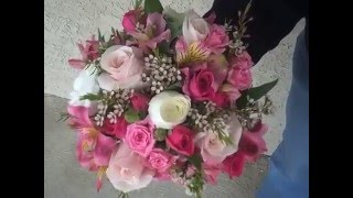 """Hand Tied """"Clutch"""" Bouquets for Prom 2009"""