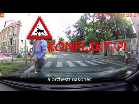 Download Bitka na silnici v Hradci Králové