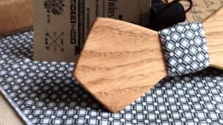 Галстук-бабочка из дерева Павел Retro + платок