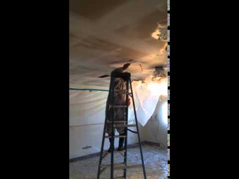 removing-asbestos-containing-popcorn-ceiling-texture