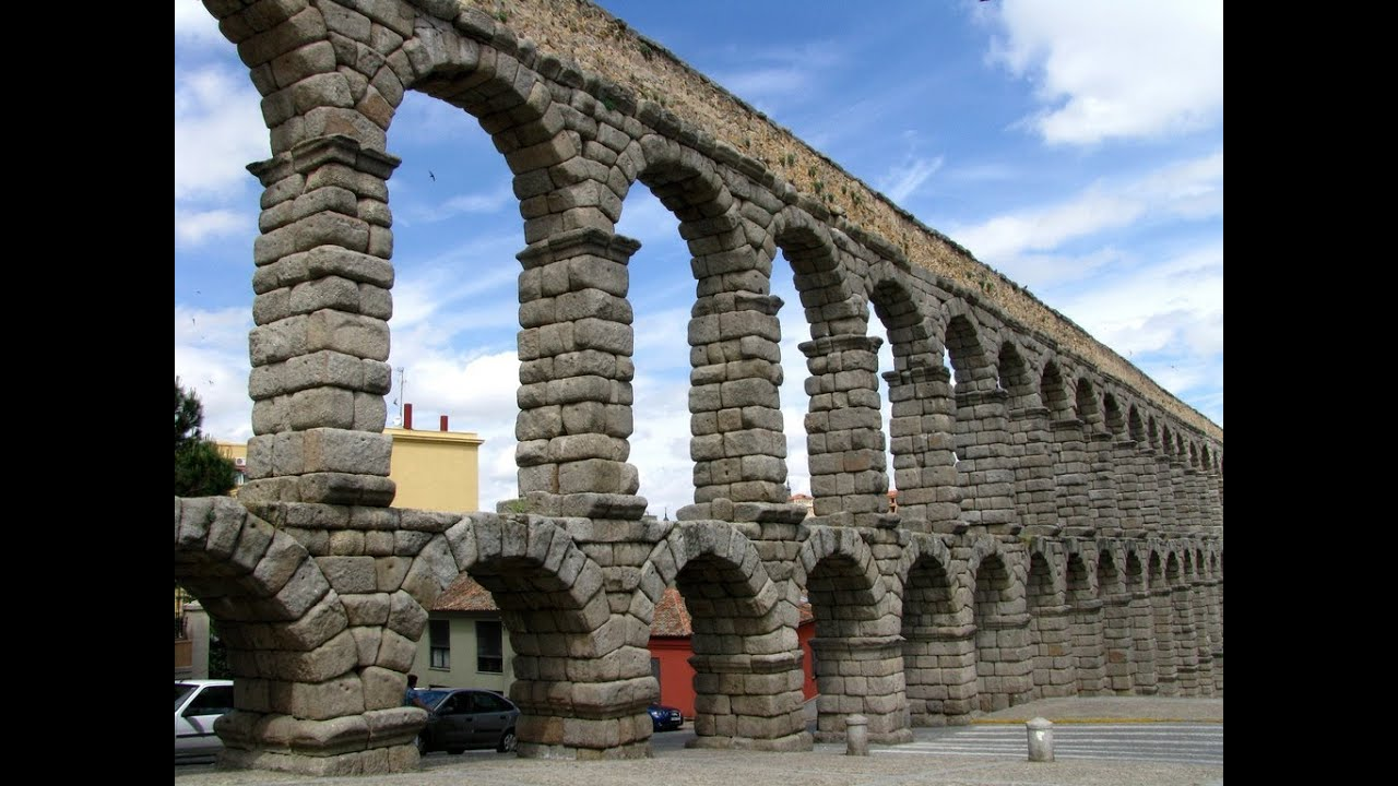 segovia spain the roman aqueduct and palaces of the old city