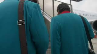 rhoma irama menuju pesawat di bandara soetta (yang tersisa 2016)