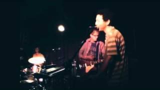 "Yo La Tengo - ""Roadrunner""  Live at Maxwell's in Hoboken December 2nd, 2010"