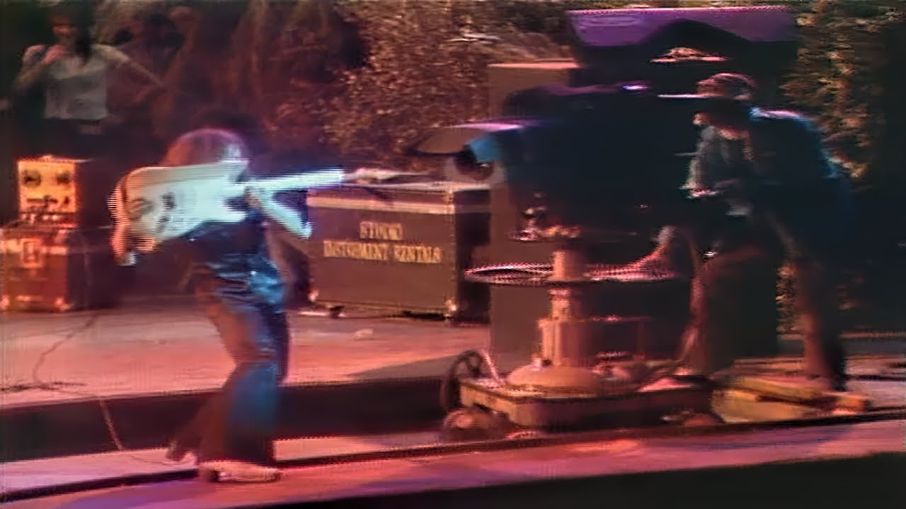 Download Deep Purple - The Infamous Ritchie Blackmore Incident At The 1974 California Jam in 60FPS