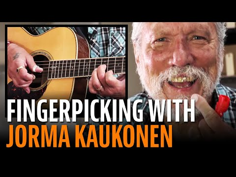 Jorma Kaukonen gives Dan Erlewine a fingerpicking lesson