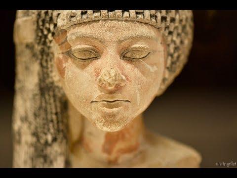Les têtes du Musée du Louvre