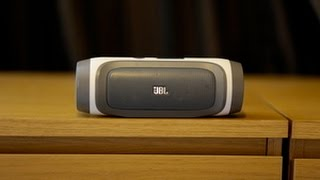 Nostalgia! The JBL Charge 1 against todays versions