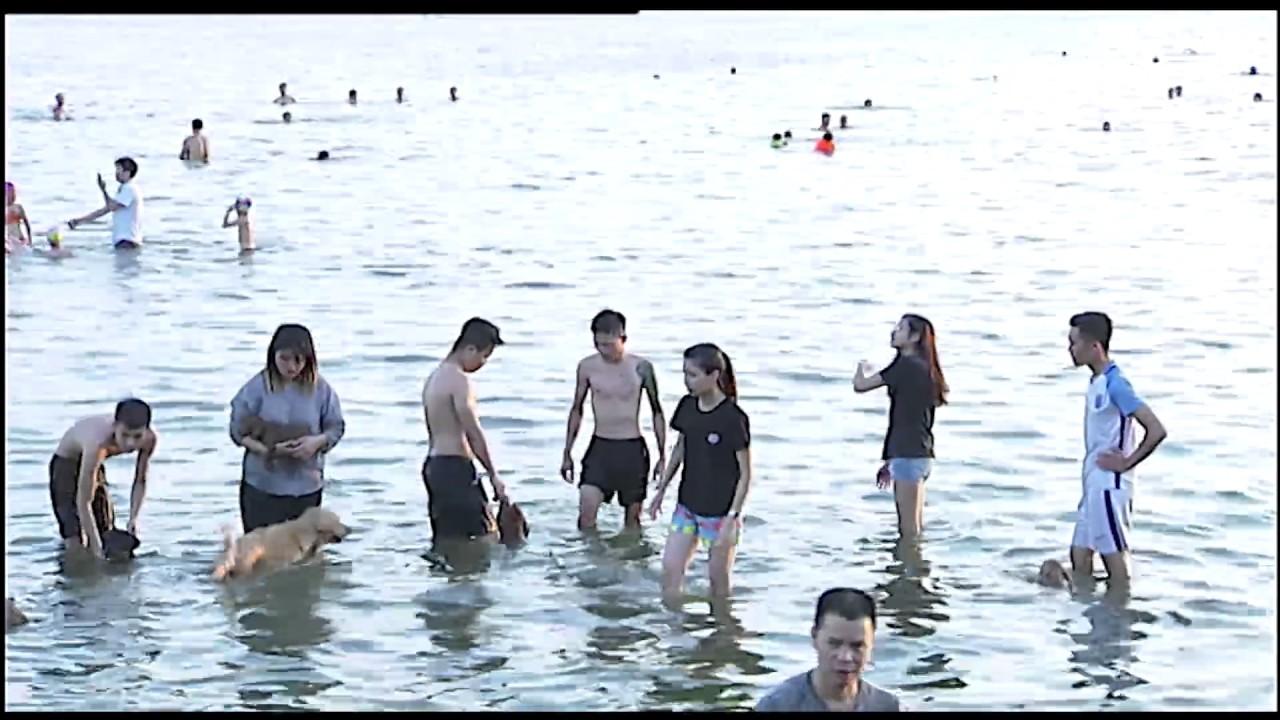(VTC14)_Vì sao biết bơi cũng không nên tắm ở Hồ Tây?