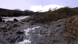 毎年、春の雪解けに富士山に出現する、富士山の幻の滝です。