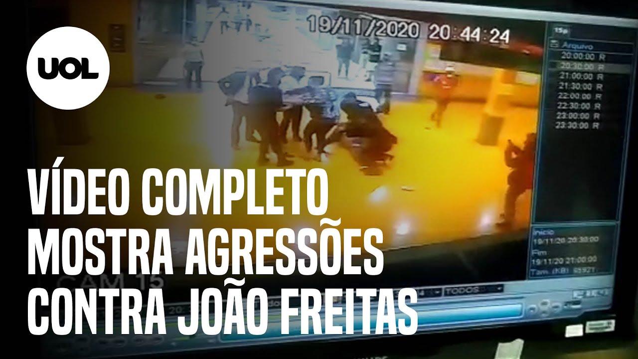 'Sem cena', ouviu João Alberto enquanto gemia imobilizado por segurança