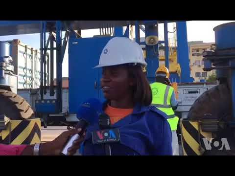 """Porto do Lobito movimenta já o """"minério encravado"""" da República Democrática do Congo"""