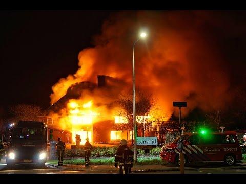 Zeer grote brand (Grip 1) bij Restaurant Etenstijd in Tilburg - 05-04-2017