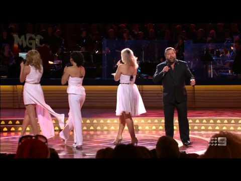"Lucy, Meg and Sandii with Shane Jacobson - ""Jingle Bell Rock"" #CarolsByCandlelight (24/12/14)"