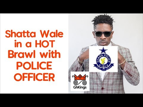 Shatta Wale in a HOT Brawl with POLICE Officer