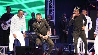 vuclip BALAA LA ALIKIBA NA KING'S MUSIC KWENYE JUKWAA LA FIESTA DSM