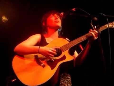 Blue Roses (Laura Groves) - Coast