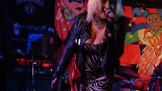 Tara Rez Band - I Live Off You - Dublin Castle, Camden -11/2/18